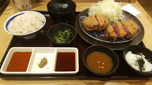 博多の豪華な安い夕食の画像
