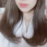 藤田ニコルが写真集「好きになるよ?」で全部脱いじゃった宣言!手ブラも披露